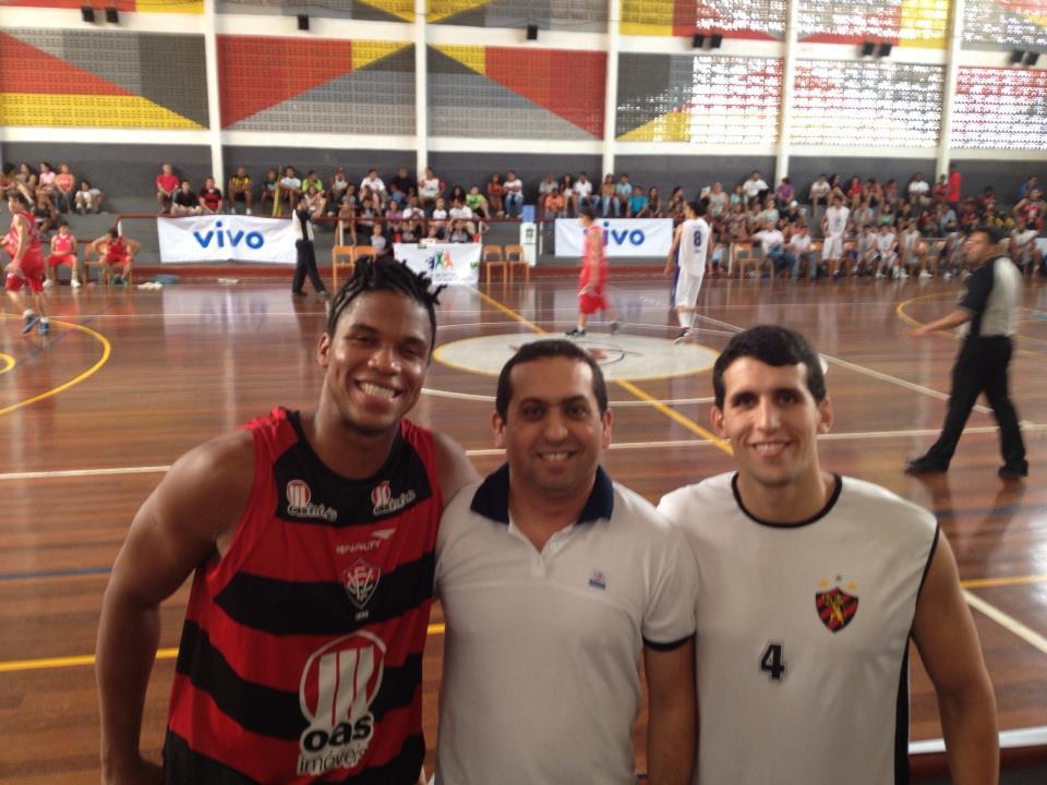 Ex-aluno_jogadores_de_basquete