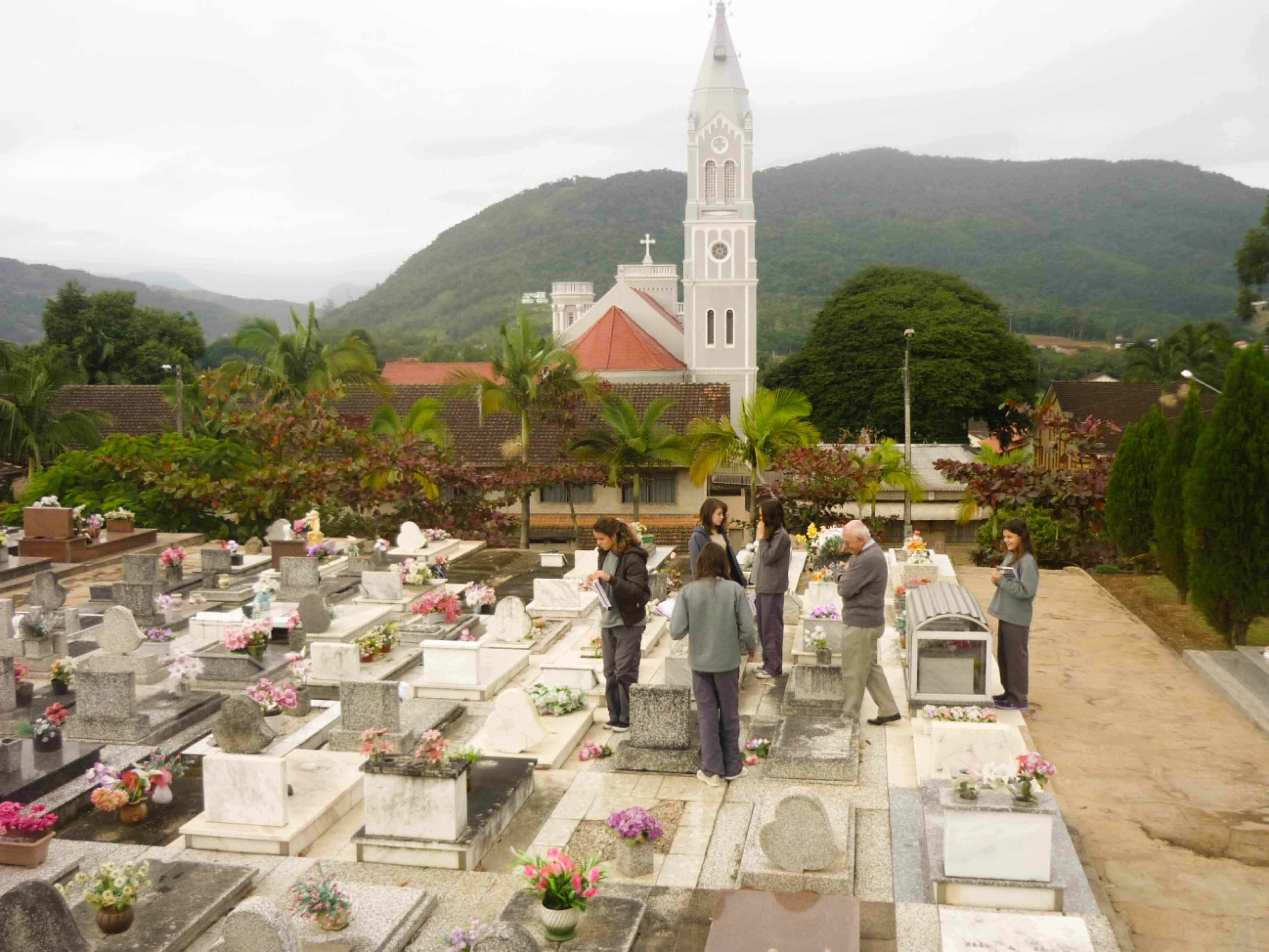 Asccsp20052013_-_visita_cemiterio__1_